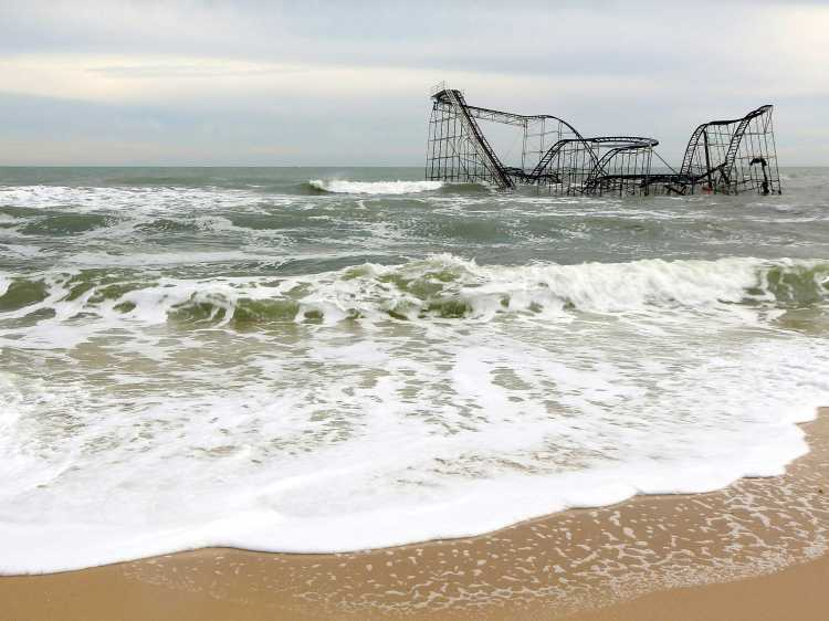 seaside-heights-roller-coaster-nj-toppled-roller-coaster-hurricane-sandy